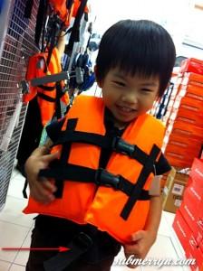 Foam life vest