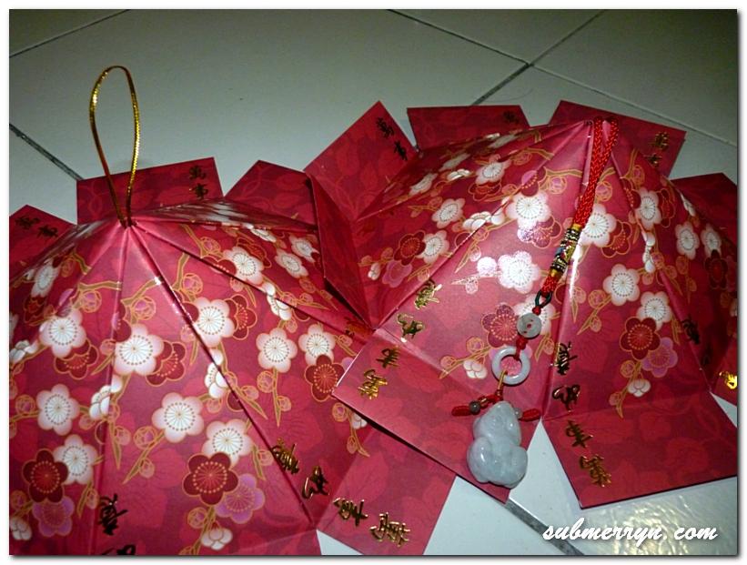 DIY Chinese New Year decor: Ang Pow Carousel Lantern ...
