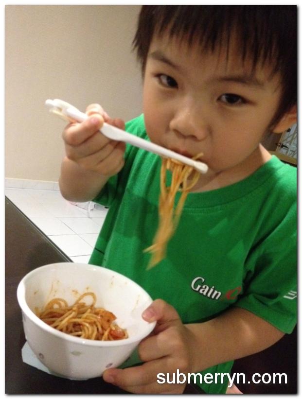 Training chopsticks from Daiso