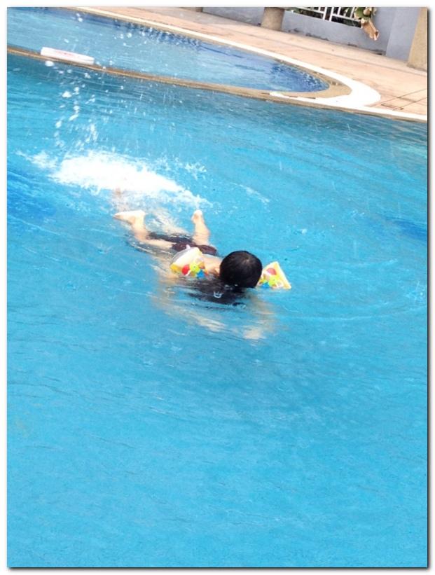 Ethan swim_1