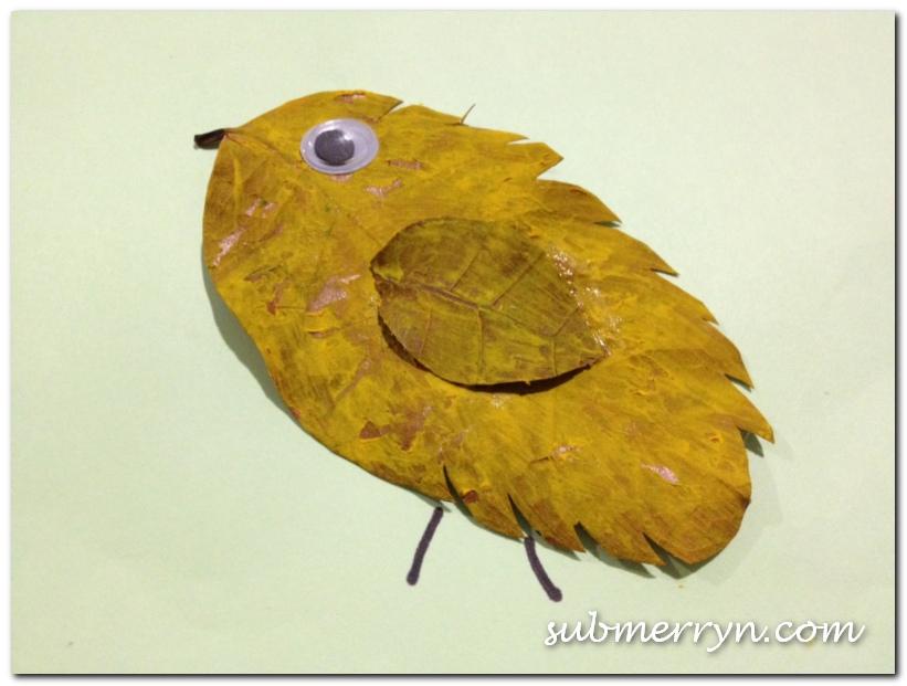 Dried leaf chicken craft