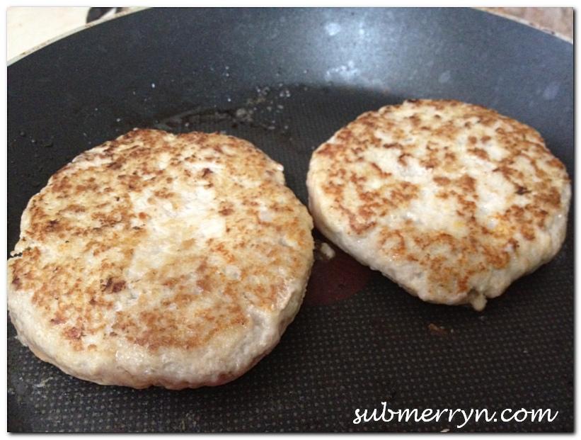 Homemade pork burger patty_4