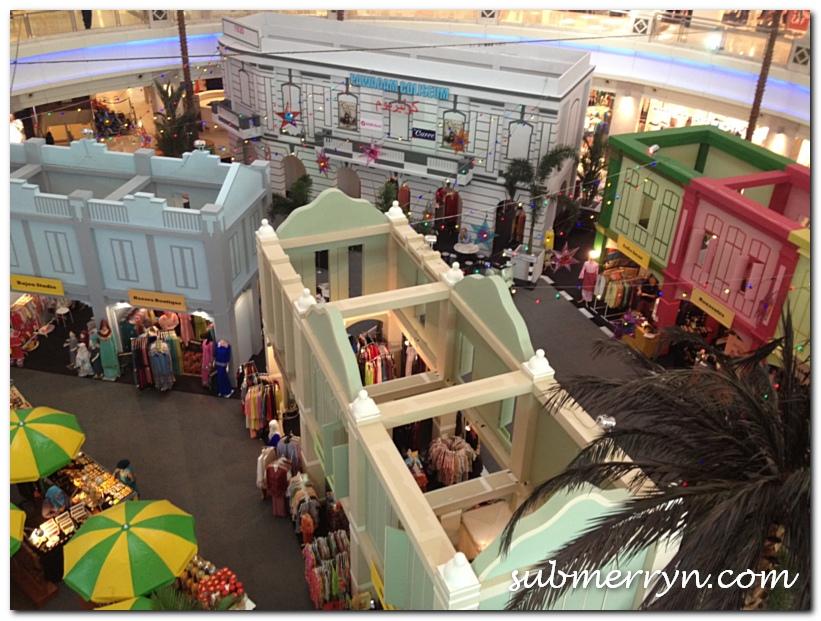 The Curve Hari Raya decor