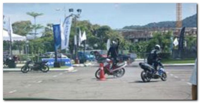 MODENAS Stunt Show