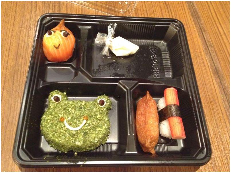 Sushi making at sakae sushi_holiday programme