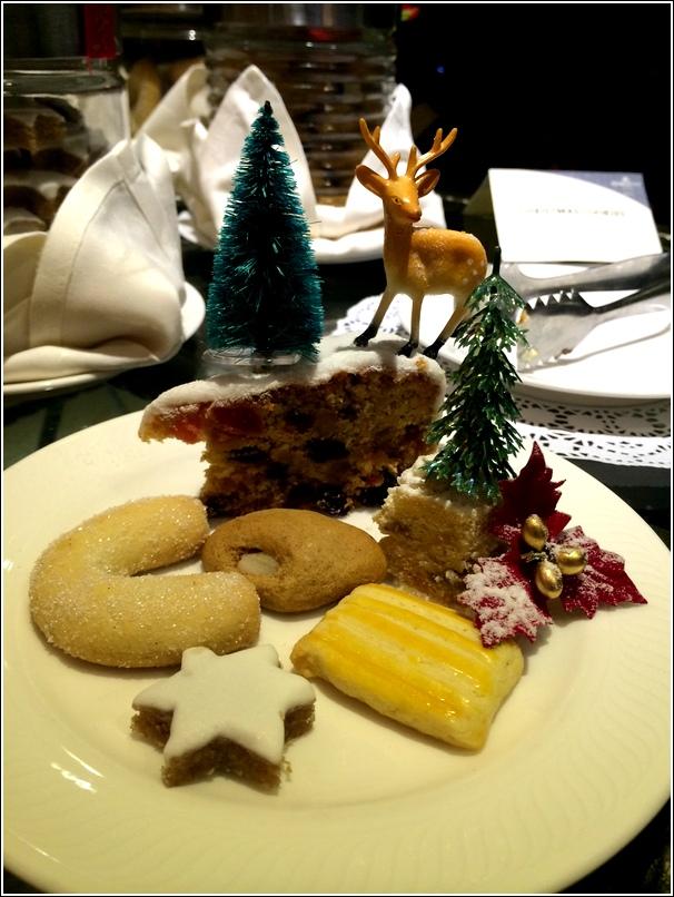 Dorsett Grand Christmas Cookies