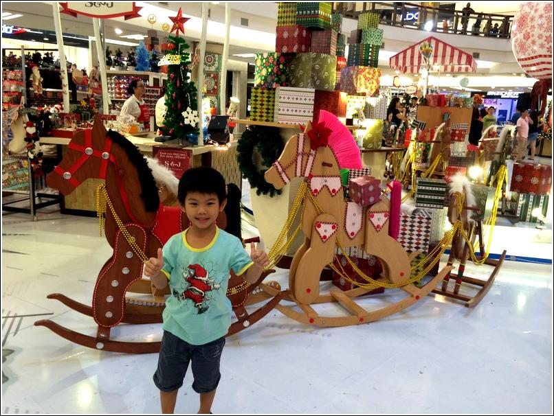 One Utama Christmas decor_3