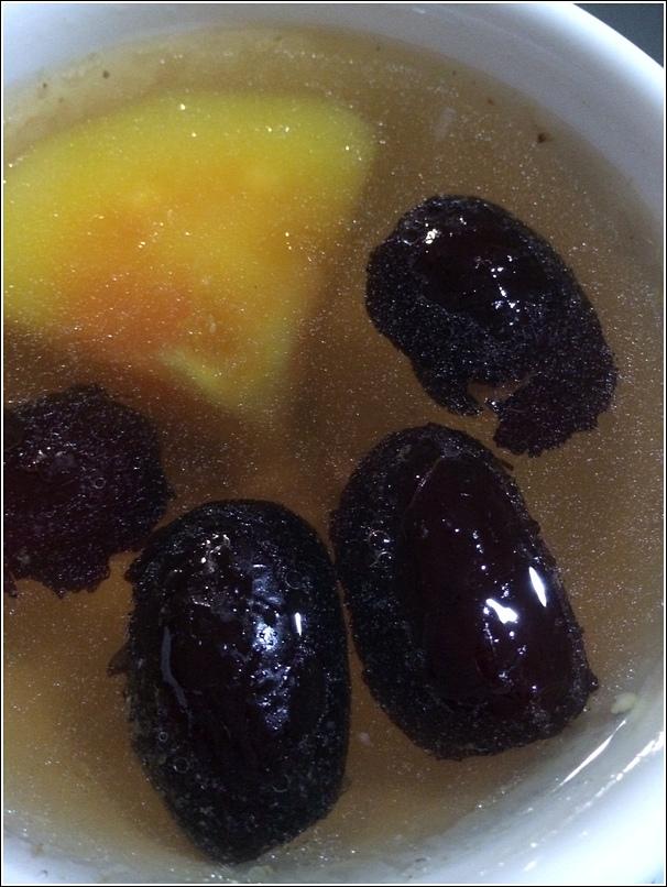 Papaya red dates soup milk booster