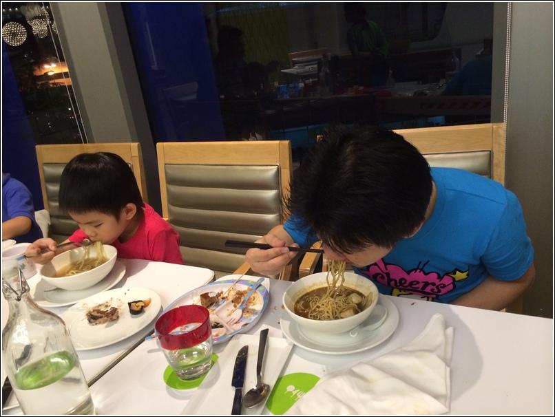 ethan n darling eating