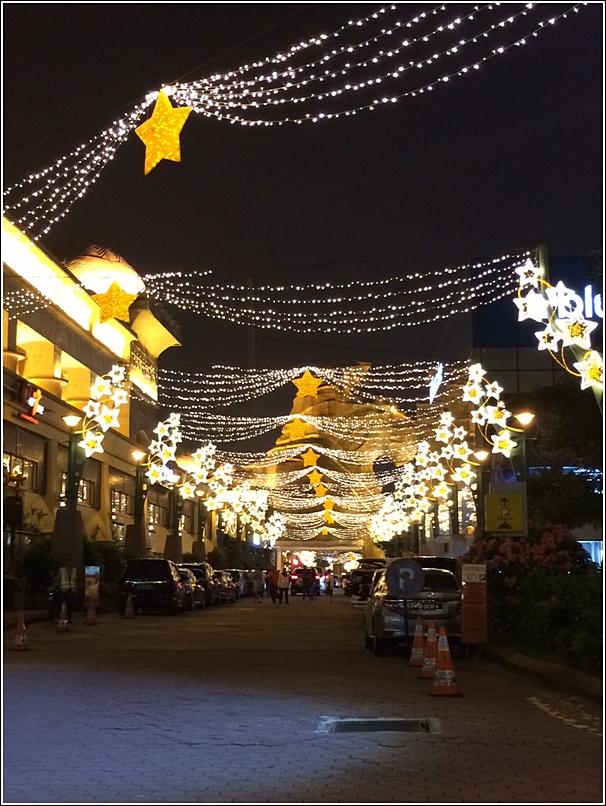 Sunway Raya Street Decor 3