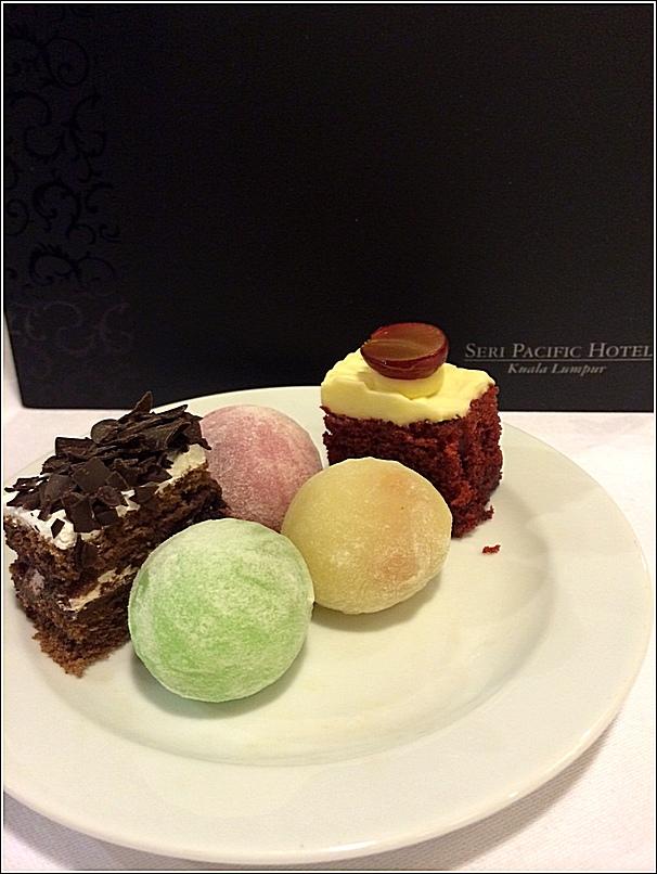 Japanese buffet at Kofuku Japanese Restaurant at Seri Pacific Hotel dessert