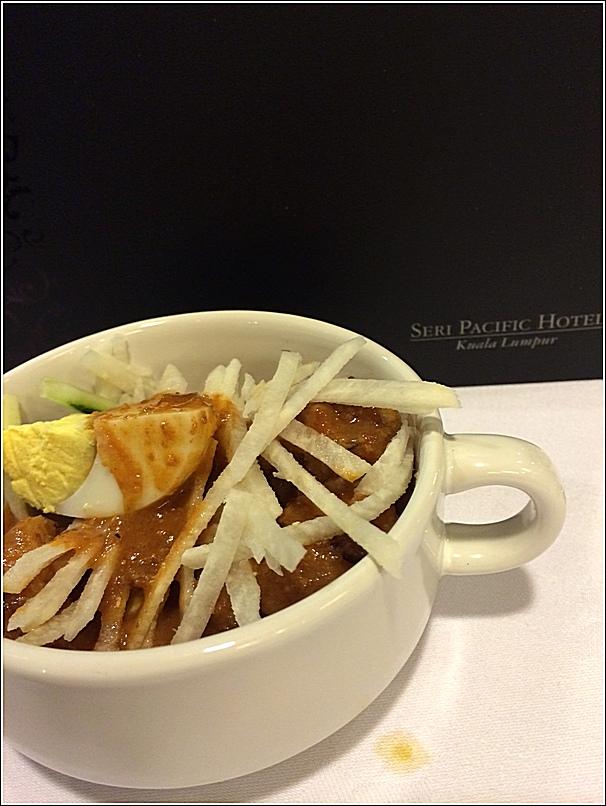 Japanese buffet at Kofuku Japanese Restaurant at Seri Pacific Hotel rojak