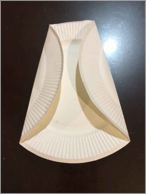 Paper plate penguin 1