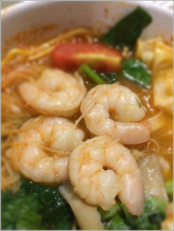 Tom yam noodles