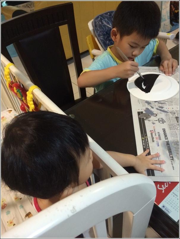 paper plate shark craft for kids 1