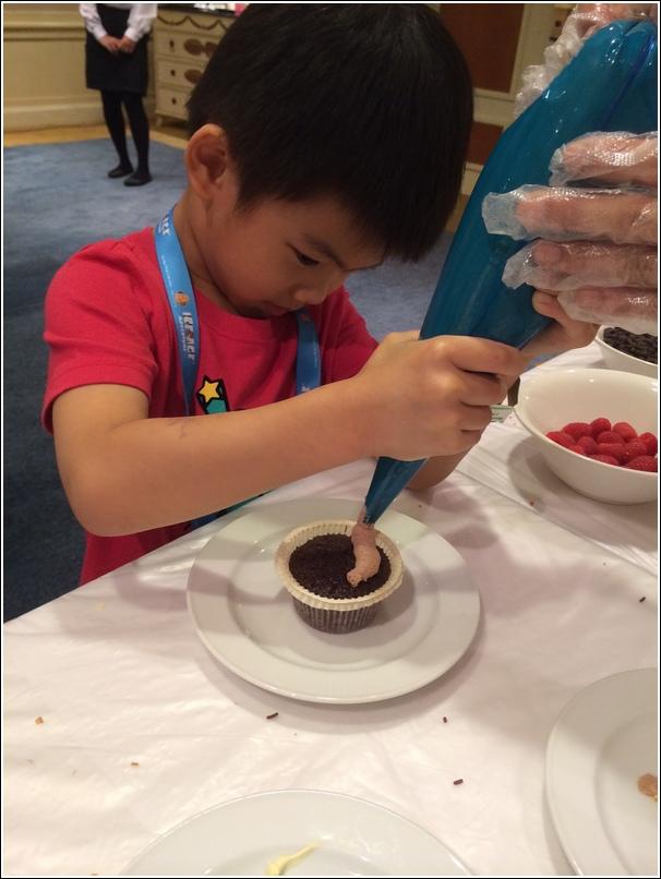 Behind the Scenes Cupcake making 2