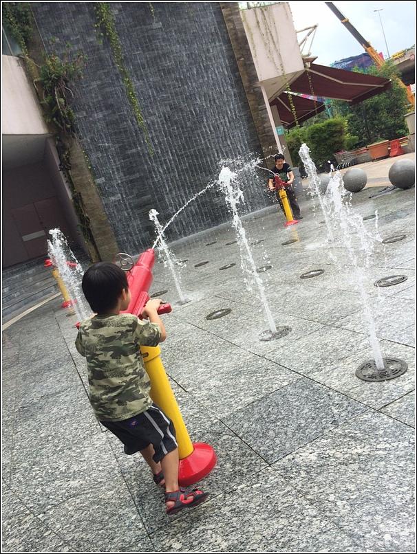 Water Piazza 1 Utama 3