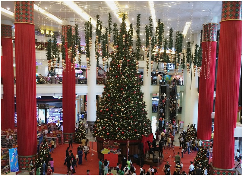 Berjaya Times Square Christmas Decor Biggest Tree Replica