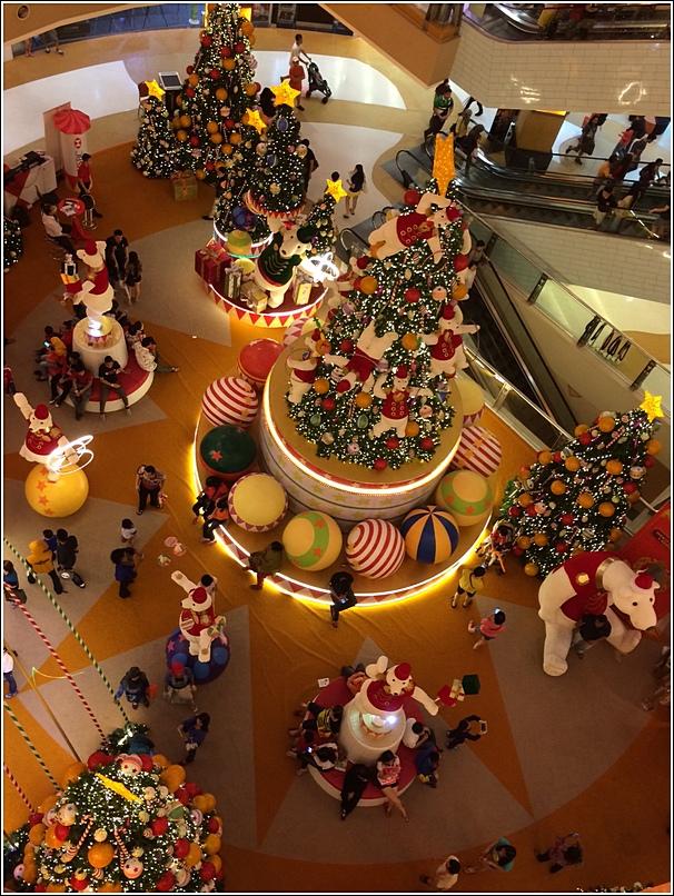Sunway Pyramid Hoopful Christmas Decor9