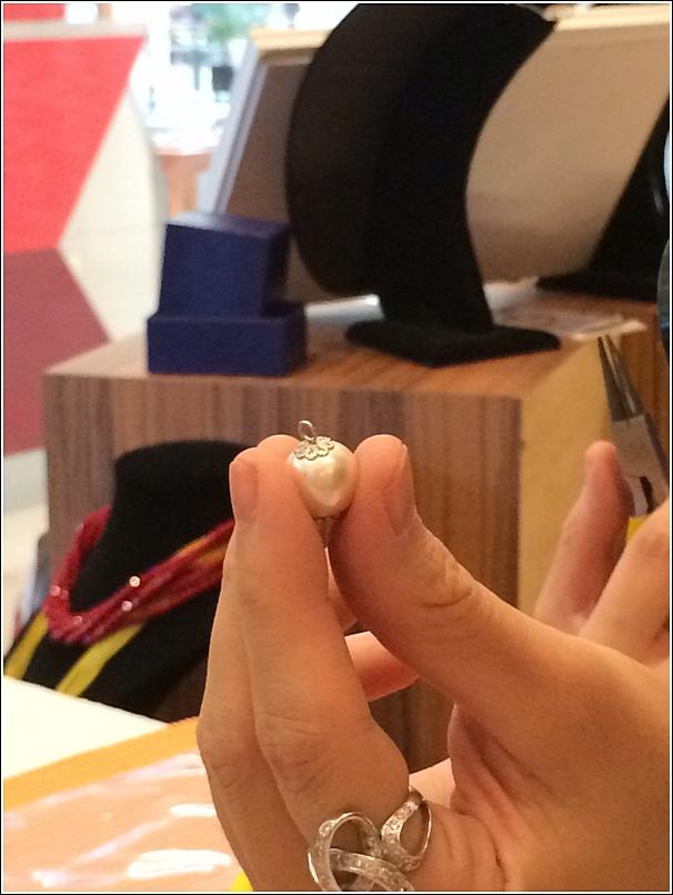 Making a charm bracelet workshop