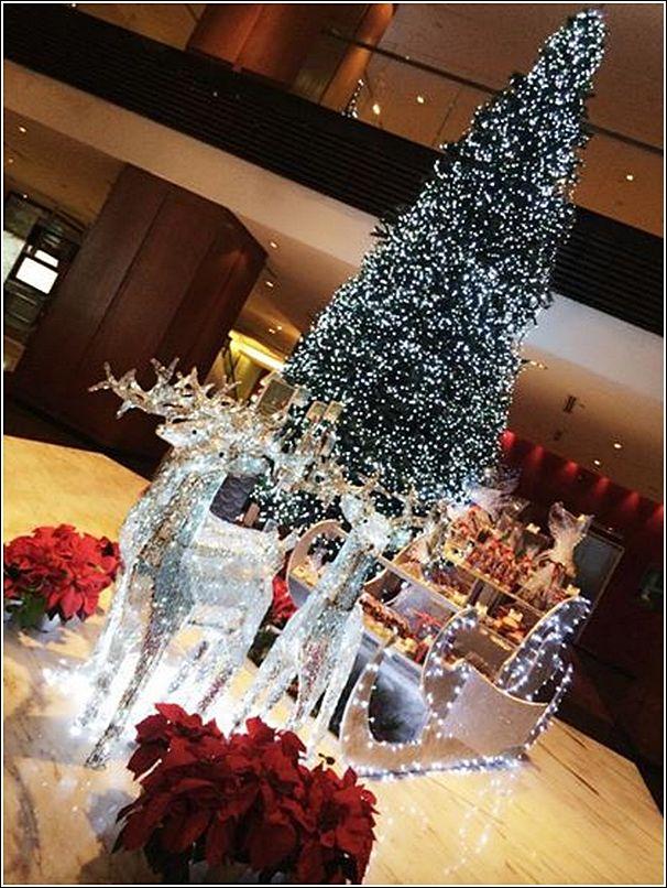 Parkroyal Christmas decor