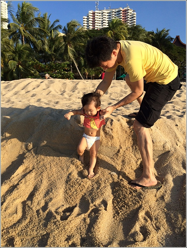 Rasa Sayang Shangri La Penang Beach Ayden and daddy