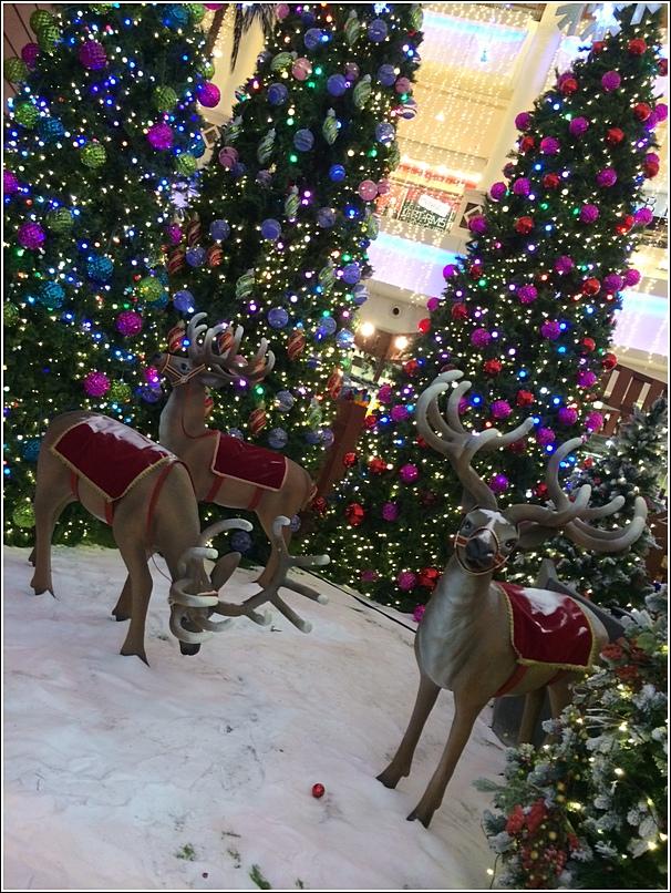 The Curve Christmas decor reindeers