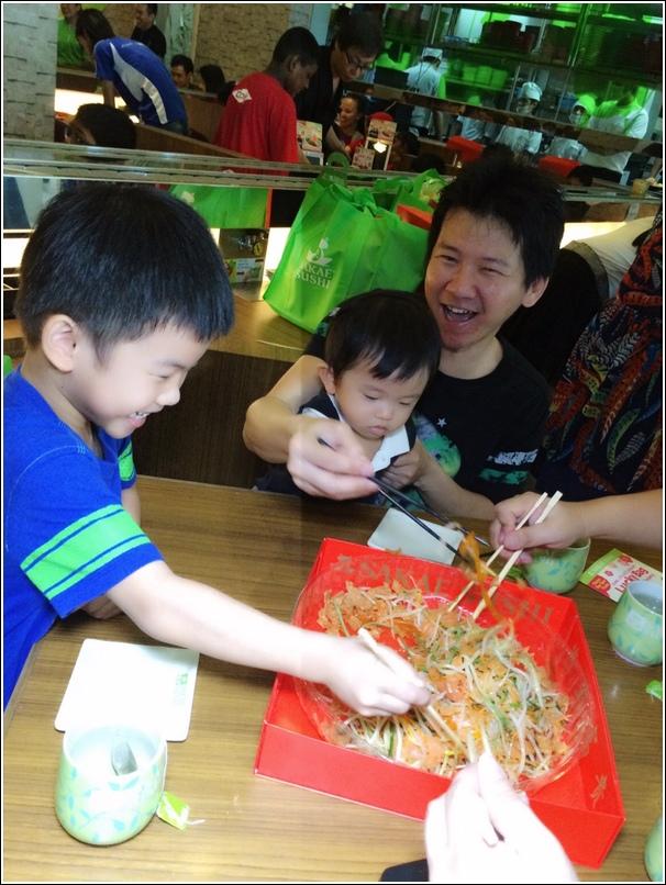 sakae sushi lou sang 2015