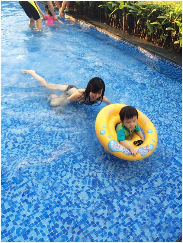 Aloft KL baby pool