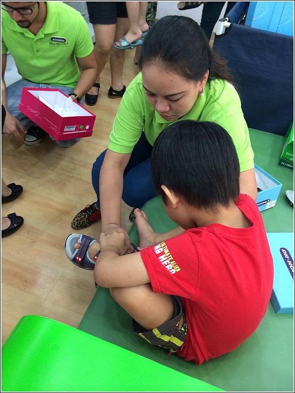 Dr Kong health shoe for children