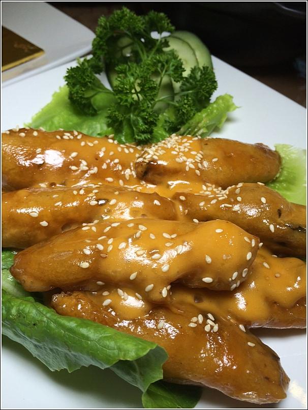 Be Lohas Healthy Vegetarian Cuisine mongolian fish in soya sauce