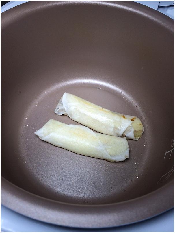 Rice cooker baked banana popiah recipe