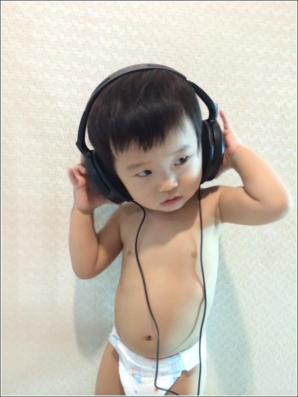 Topless DJ Ayden