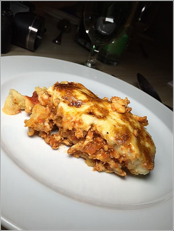 Eastin buffet lasagna