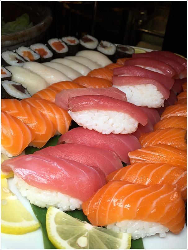 Eastin buffet sushi