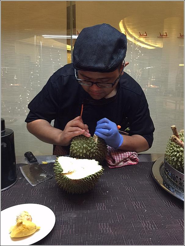 Pullman durian buffet musang king