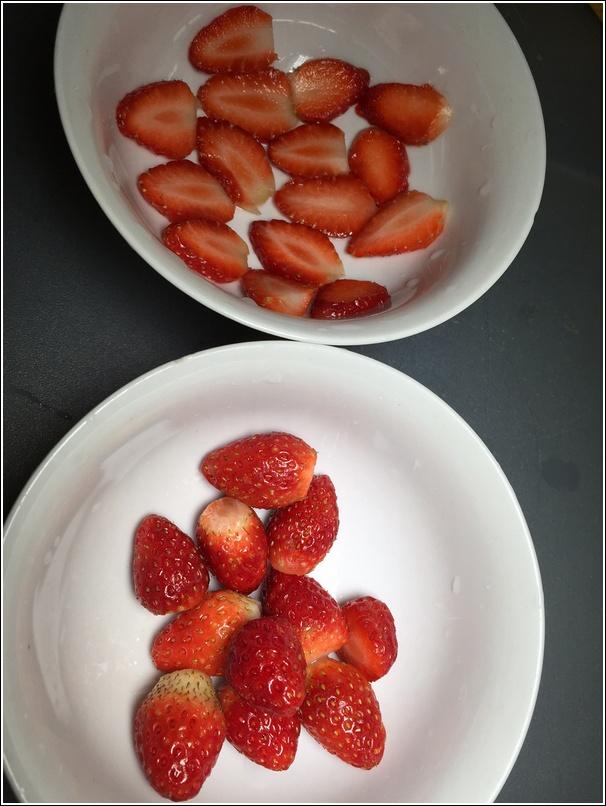 Frozen Strawberry Yogurt Popsicle 3