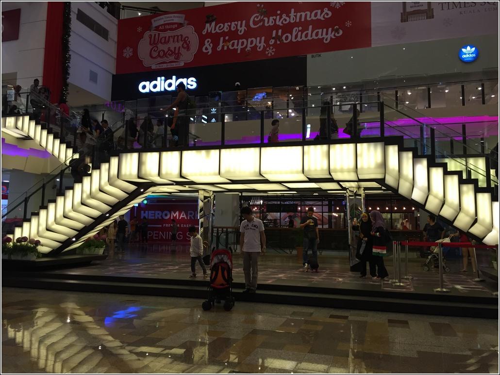 Grand Musical Staircase Berjaya Times Square