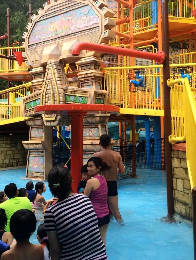 Nickelodeon Green Goo splash at Nickelodeon Themed Land
