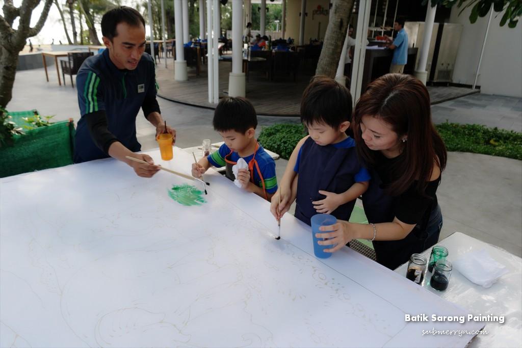 Batik Sarong Painting Holiday Inn Mai Khao Phuket 1