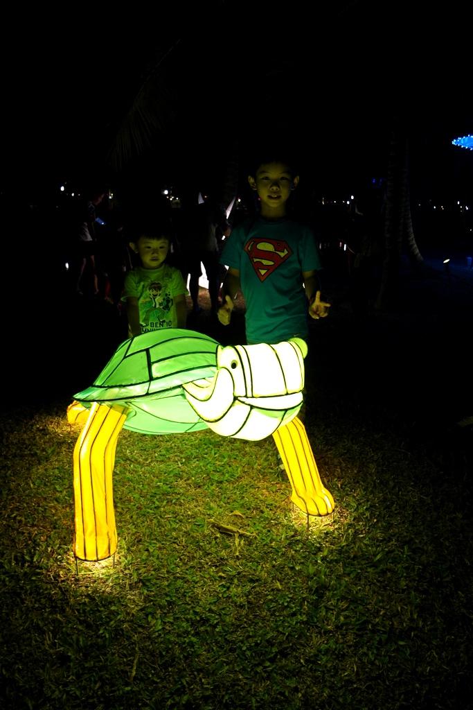 ijm-bandar-rimbayu-the-arc-giant-lantern-tortoise