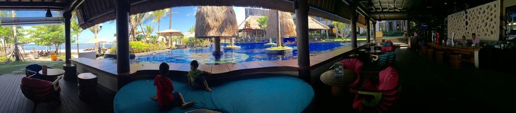 nudi-beach-club-holiday-inn-resort-bali-benoa-1
