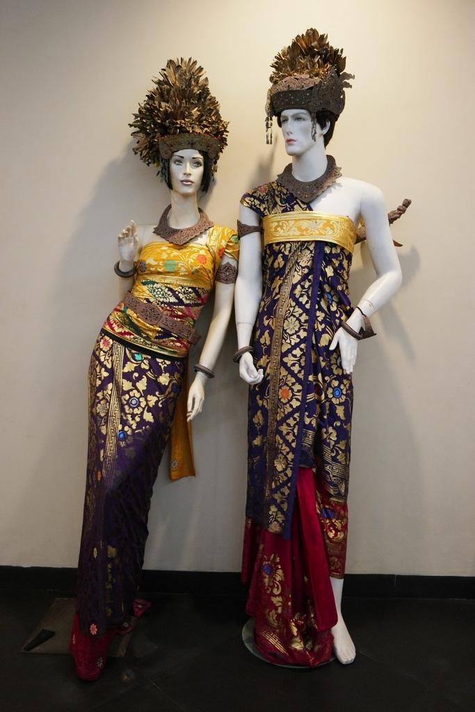 balinese-costume