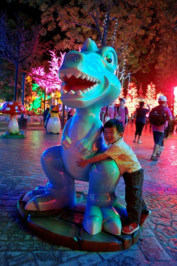 city-of-digital-lights-theme-park-4