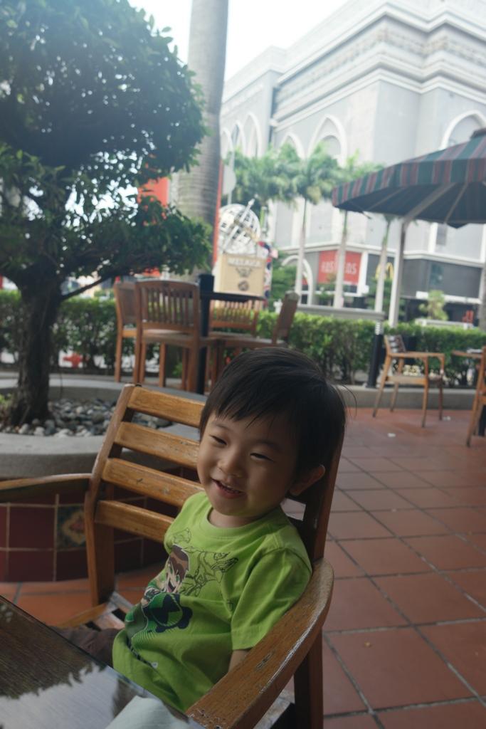 k5 street bistro EQ Melaka 1