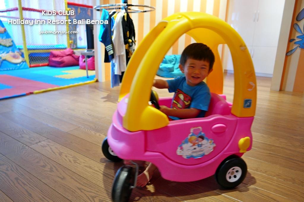 paddle-car-kids-club-holiday-inn-bali-benoa
