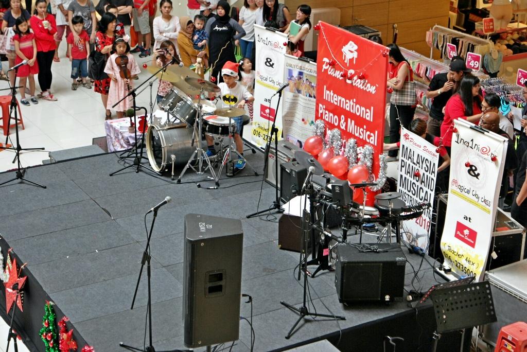drummer-ethan-performance-2